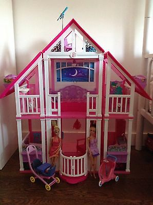 Barbie Play house With Dolls And Lots Of Extras