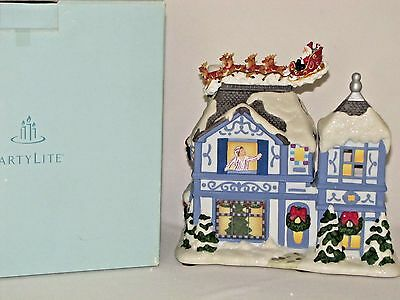 PartyLite Night Before Christmas Tealight House with Wind Up Motion Music Box