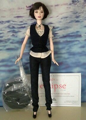 RARE Alice Cullen Barbie Doll Twilight Saga Eclipse New 2010 Vampire Deboxed