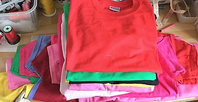 Job Lot Of 25 Gildan Heavy Cotton Childrens T Shits Mixed Sizes And Colours