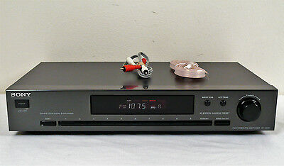 Sony ST-JX521 AM/FM Stereo Tuner, With FM Antenna & Cables,  Guaranteed.