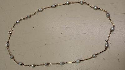 "20"" Womens 18k Gold Necklace, with 18 Pearls."