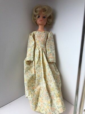 """vintage 11"""" sindy fashion doll markings on back of head 033055x 1977-80 outfit"""