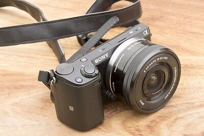 Sony Alpha NEX-5T Kit - A1 Condition 16-50mm + Pancake Lens Included