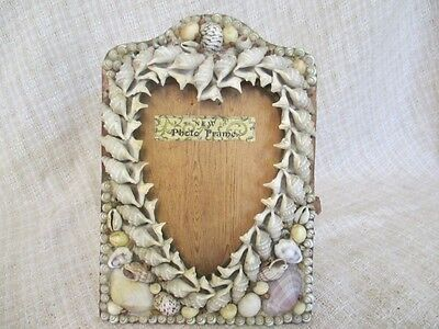 Antique Shell Art - Heart Shape Standing Picture Frame   ro
