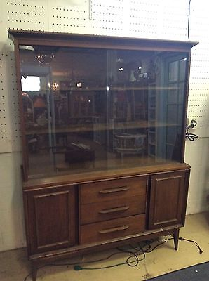 1960s Mid Century Modern Bassett China Hutch Cabinet Retro Vintage Glass Doors