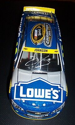 Jimmie Johnson 2016 SIGNED 7X CHAMPION LOWES 1:24 DIECAST  COA
