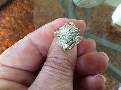 9Ct Yellow Gold Diamond Ring Set With Baquettes And Brilliant Diamonds