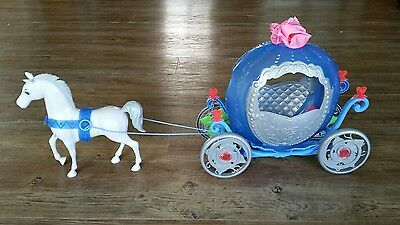 Mattel Disney Barbie Cinderella Transforming Magic Pumpkin Carriage Coach Horse