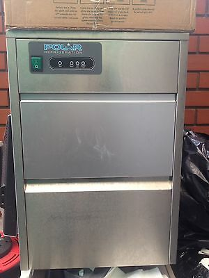Polar T316 Under Counter Ice Cube Maker Machine Commercial 20kg/24hr Pub Bar Ice