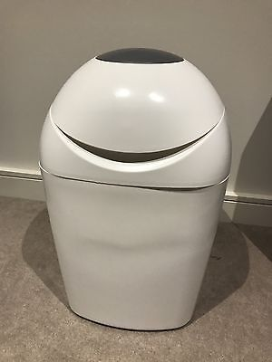 Closer To Nature Sangenic Tommee Tippee Nappy Disposal Bin