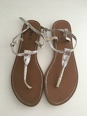Ladies Size 38 Silver Rubi Sandals