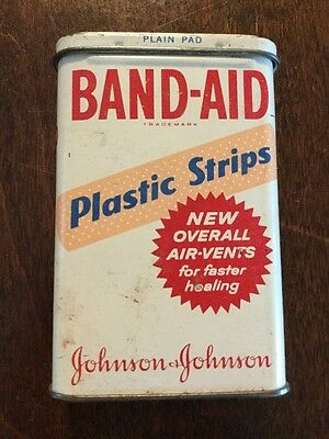 Vtg 1960 Band-Aid Tin 31 Plastic Strips Super Stick 45 Cents Air Vents 5614