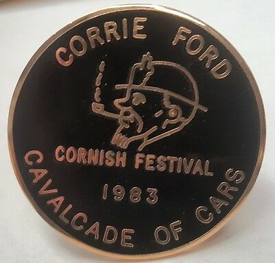 1983  FORD Cavalcade of Cars Enamel  Badge