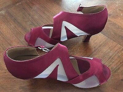 Women's Dance Shoes Size 39