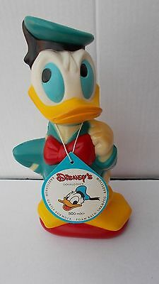 Donald Duck bubblebath figure (empty) in hard plastic. Very good condition.