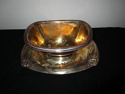 VINTAGE Rogers Brothers Silverplate DAFFODIL Pattern Sauce Gravy Boat UNDERPLATE