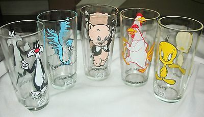 Warner Bros 1973 Collectible Looney Tunes Pepsi Glass Set of 5