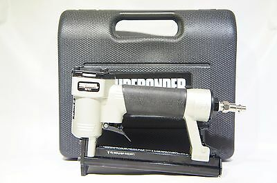 Surebonder 9615A Upholstery Stapler with Carrying Case EXCELLENT (H-44)