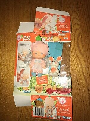 Vintage 80's Strawberry Shortcake Apricot With Hopsalot Bunny Doll!!