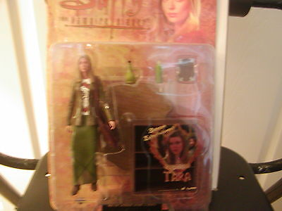 BtVS carded action figure Triangle Tara signed Amber Benson/54 0f 2000 made