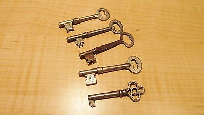 Vintage Skeleton Keys Lot Of 5 Original Antiques Ready To Collect No Reserve !!