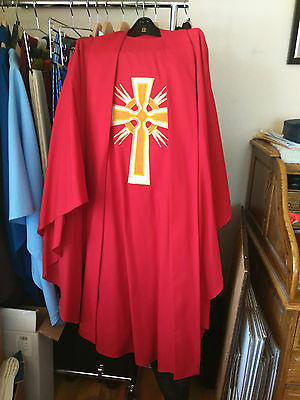Catholic Priests Red & Gold Chasuble & Stole - Pentecost