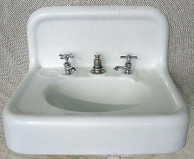 Antique 100yr old Cahill Iron Works, Chattanooga, porcelain enamel bathroom sink