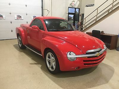 2004 Chevrolet SSR  2004 Chevrolet SSR Convertible. Like New with 17,176 Actual Miles! Show or Drive