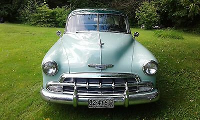 1952 Chevrolet Sport Coupe Deluxe 1952 Chevrolet Deluxe Sport Coupe