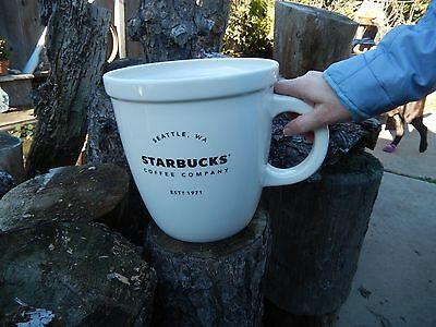 Starbucks Big Abbey Holiday Mug 2016 Sold Out Limited Edition New In Box