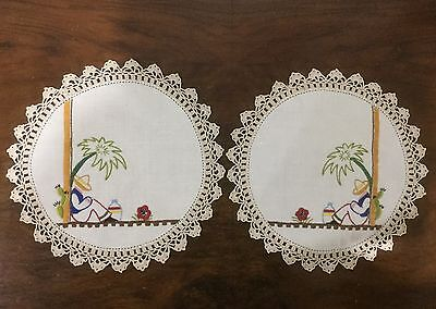 2 x Vintage Linen Hand Embroidered Doilies - Matching Pair - Mexican / Cactus