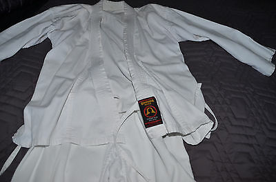 Kids KARATE UNIFORM MARTIAL ARTS TOP QUALITY COTTON POLY ,pre-owned