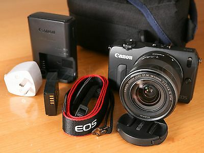 *EXCELLENT* Canon EOS M 18MP Mirrorless Camera + 18-55mm IS STM EF-M Lens Kit