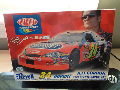 Dupont Nascar Revell 24 Jeff Gordon 2006 Monte Carlo Ss Model Kit 1 :24