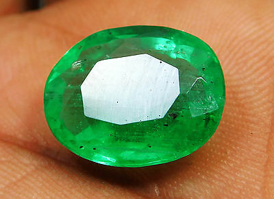 Certified 6.80 Ct. Natural Oval shape Colombian Loose Emerald Gemstone. Q881