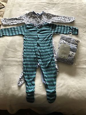 tu baby grows with brand new matching vests 6-9 months