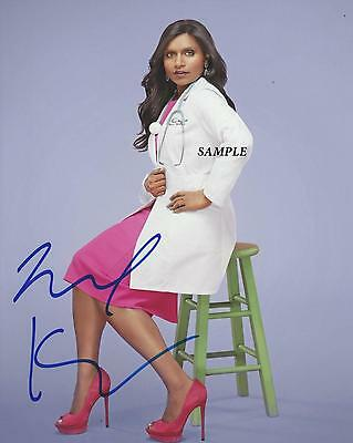 Mindy Kaling Reprint Autographed Signed Picture Photo Collectible The Office Rp