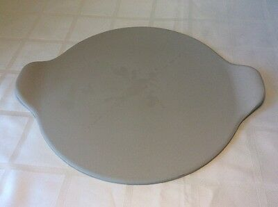The Pampered Chef 15 Inch Pizza Stone Made In USA