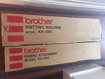 Brother Knitting Machine Kh-891 & Brother Ribber Kr-850 ---  Plus Table & Yarn!