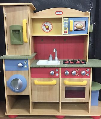 Little Tikes Cooking Creations Play Kitchen