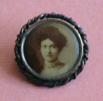 Mourning Photo Pin Brooch Sepia Portrait Elegant Lady 23mm Metal Frame