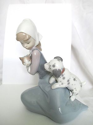 Lladro Daisa '78 Made in Spain Figurine LITTLE FRISKIES #5032 Cute Puppy Kitty