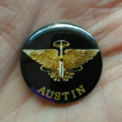 Austin  25mm pin badge. Car clubs,car collectors,Austin cars. *free post*