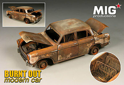 Mig Productions Burnt out car 1/35