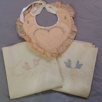 Vintage Baby's Bib And Two Pillow Cases In Box.