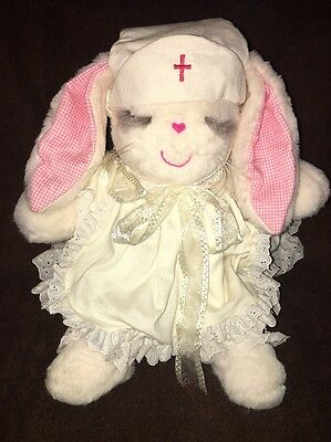 "Vintage MS. NOAH 20"" Nurse Leeanne Leanne Fuzzy Wuzzy With Outfit and Tag 1984"