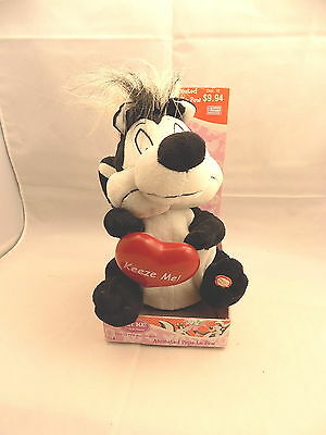 Pepe Le Pew Animated Plush Toy Warner Bros. Thats Amore Lights Up Dances w/ Tags