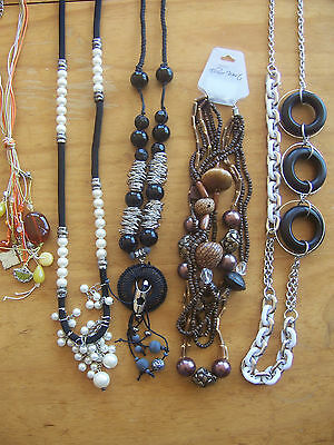 50 X Items-NEW Jewellery -Re-Sell or Keep - Necklaces Bracelets - BNWT- Huge Lot