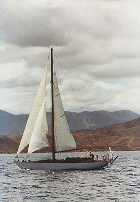 Classic cruising yacht 44ft for restoration